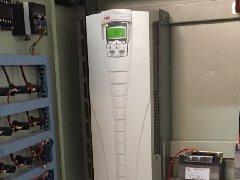 东风泵业200KW英格索兰变频改造